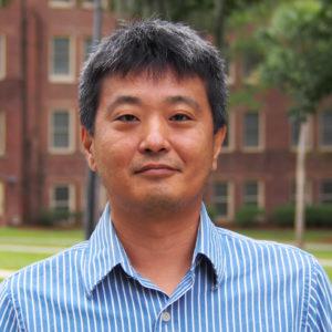 Hyun Seok Hwang