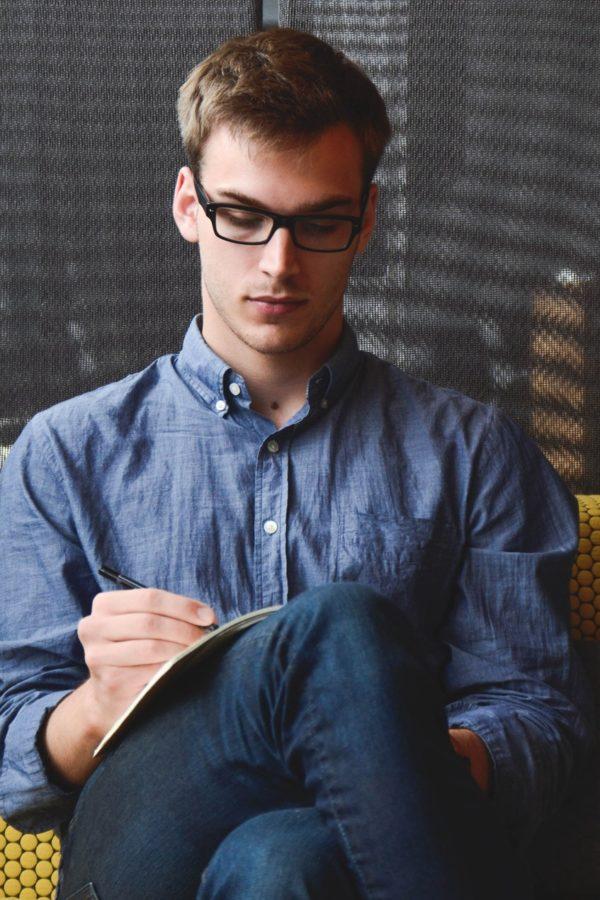 entrepreneur-startup-start-up-man-39866